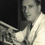 Kurt Wolff am 30. März 1916 in Barmen geboren